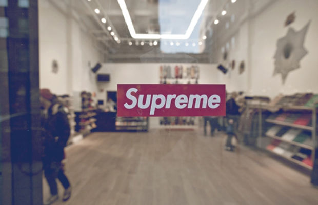 supreme-world-famous-history