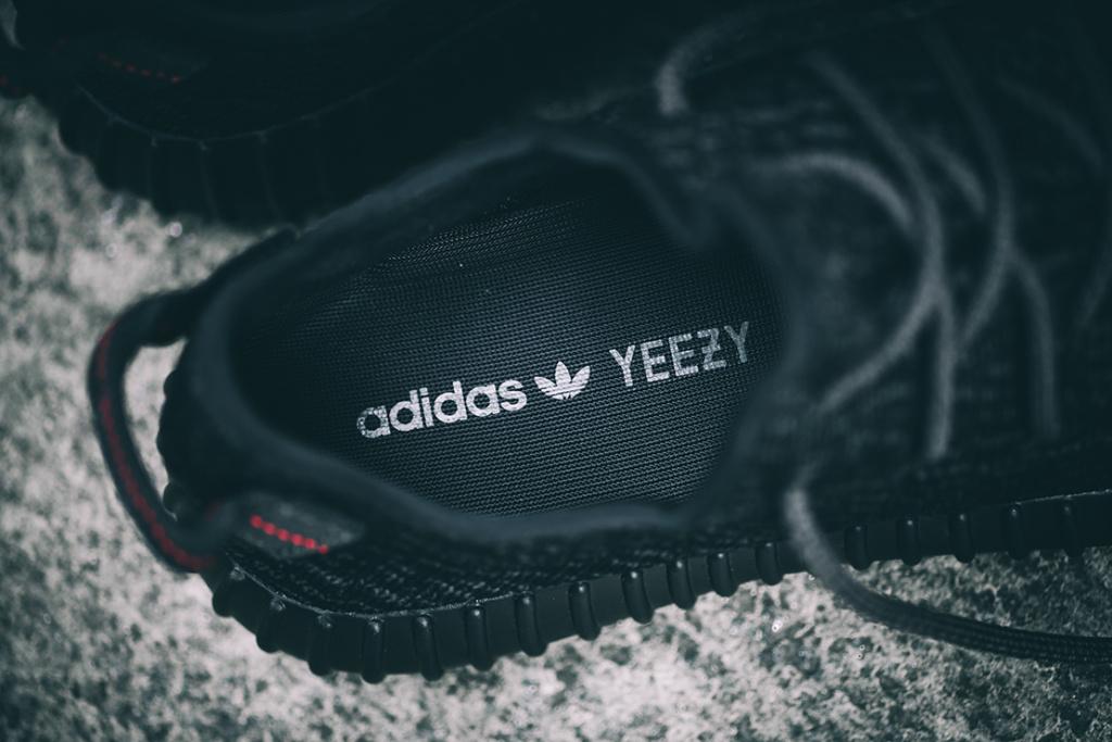 adidas-originals-yeezy-350-boost-pirate-black-3