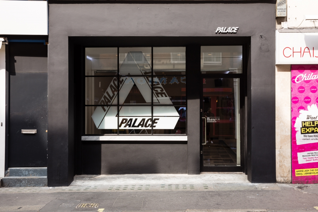 palace-skateboards-2016-fall-winter-collection-launch-20160903