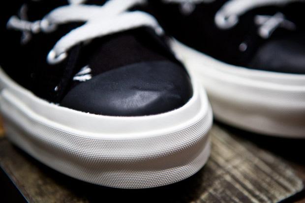 wtaps-cross-bone-sneaker-2011ss-release