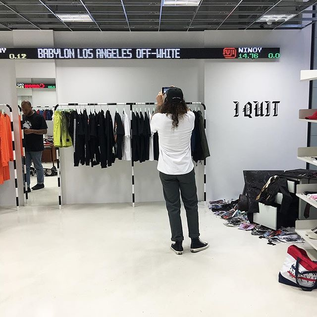 off-white-shop-renewal-open-20160912