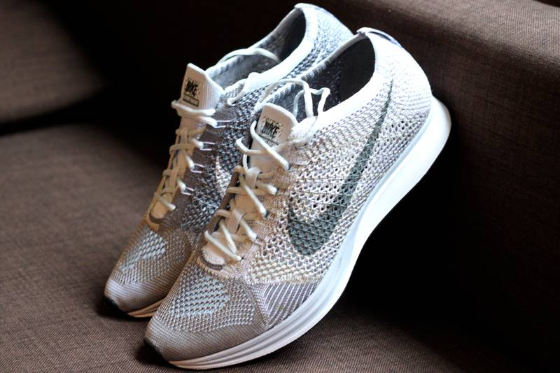 nike-flyknit-racer-knit-by-night-862713-002-release-20161014