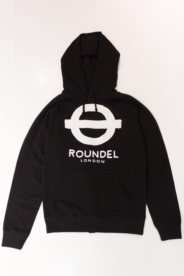 roundel-london-popup-store-roundel-kiosk