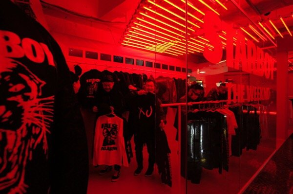 the-weeknd-starboy-pop-up-store-gr8-open-20161125