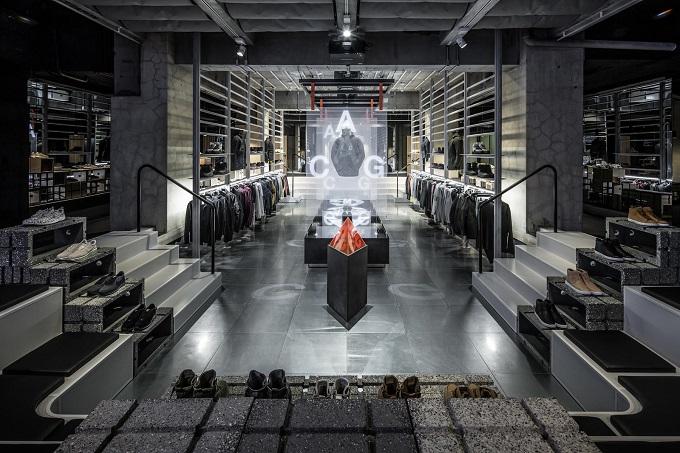 https://godmeetsfashion.com/2016/11/23/nikelab-ma5-aoyama-shop-open-20161201/