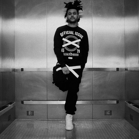 the-weeknd-starboy-pop-up-store-gr8-open-20161125-14