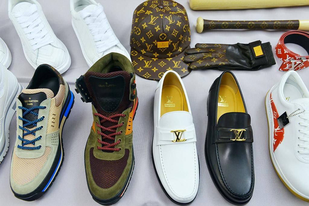 supreme-louis-vuitton-collaboration-sneaker-release-2017