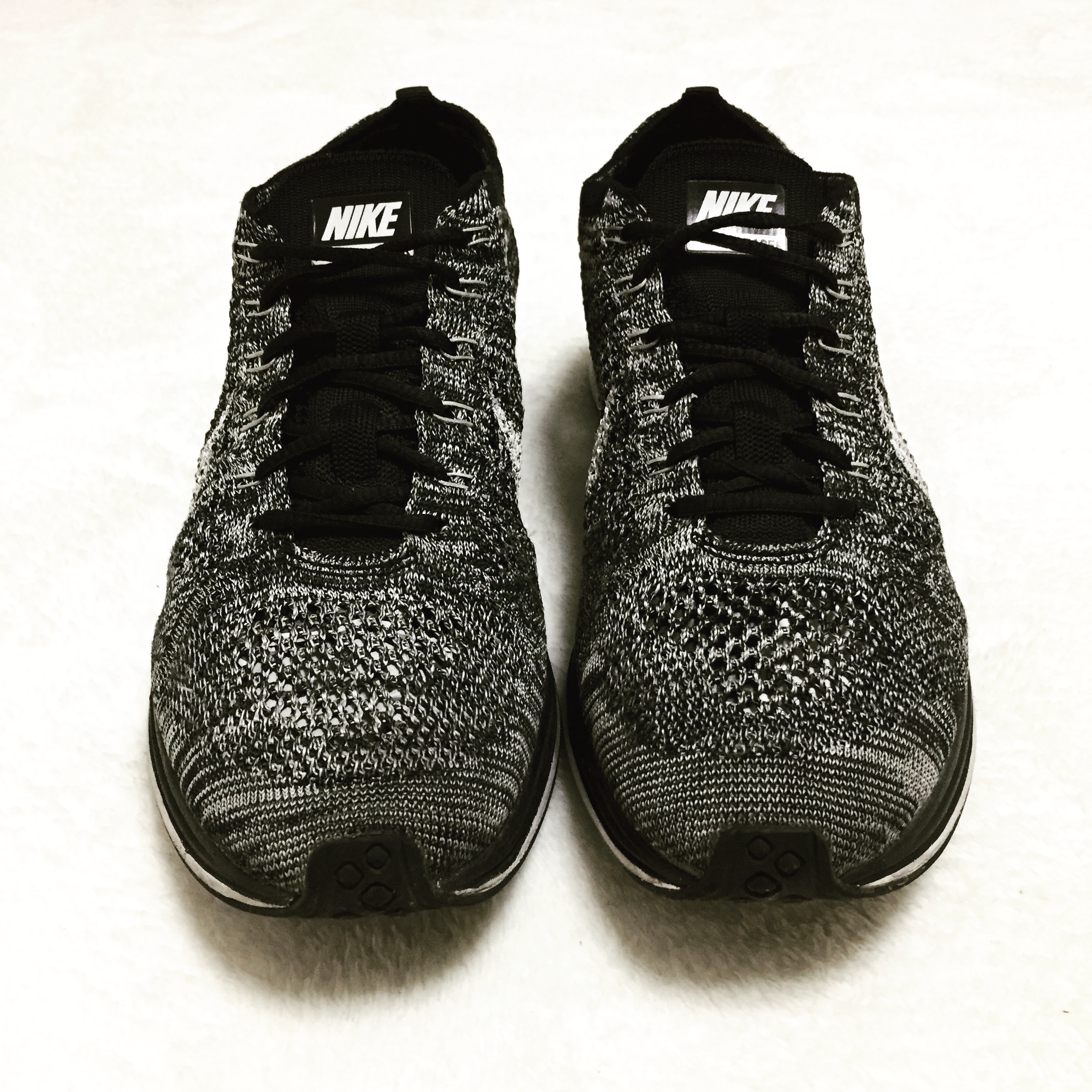 8efab8fb9e4b3 nike-flyknit-racer-oreo-cookies-and-cream-release-20170210-13.jpg ...