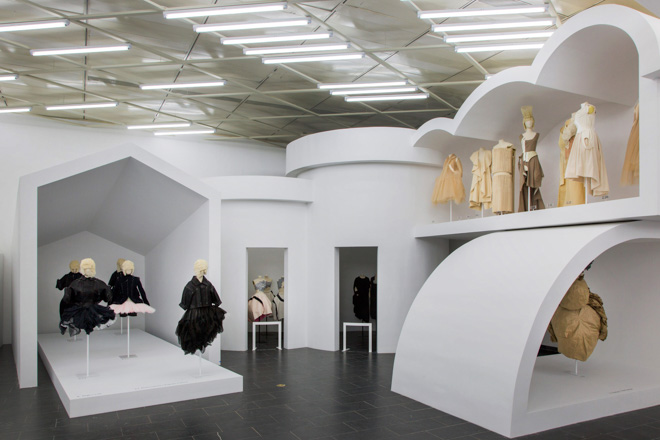 comme-des-garcons-art-of-the-in-between-metropolitan-museum-store