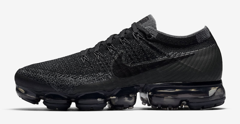 nike-air-vapormax-triple-black-release-20170629