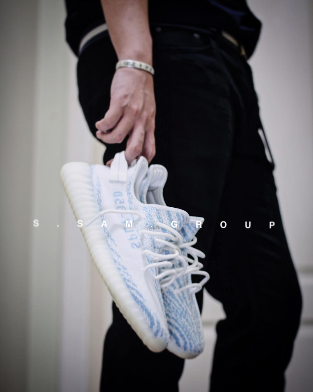 yeezy-boost-350-v2-white-teal-blue-release-coming-soon