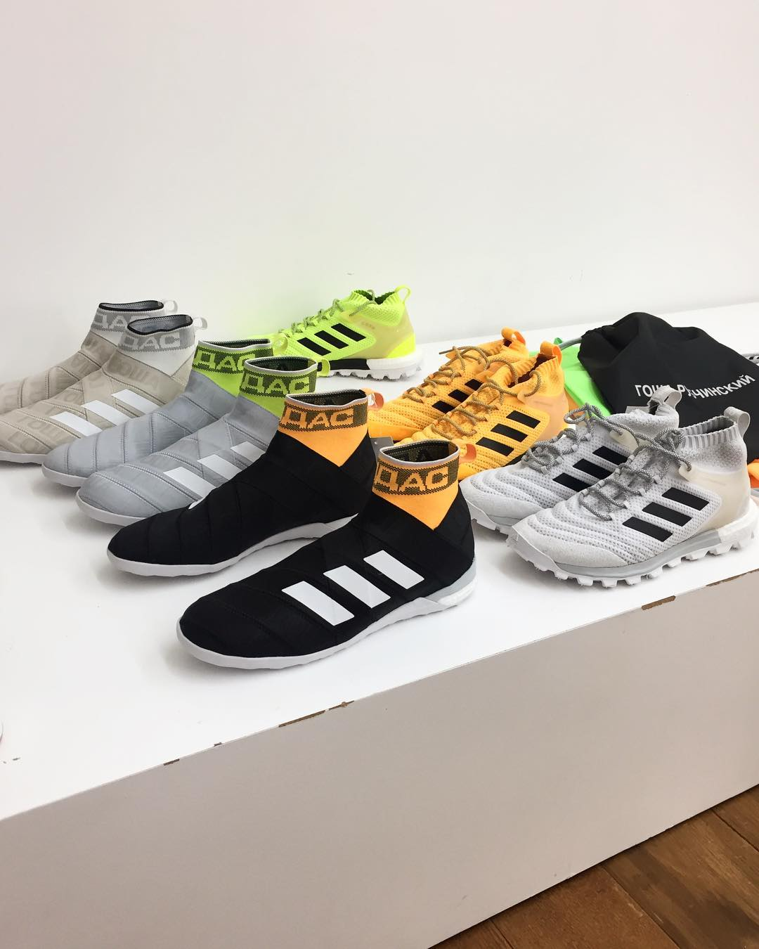 gosha-rubchinskiy-2018-spring-summer-collection-sneaker
