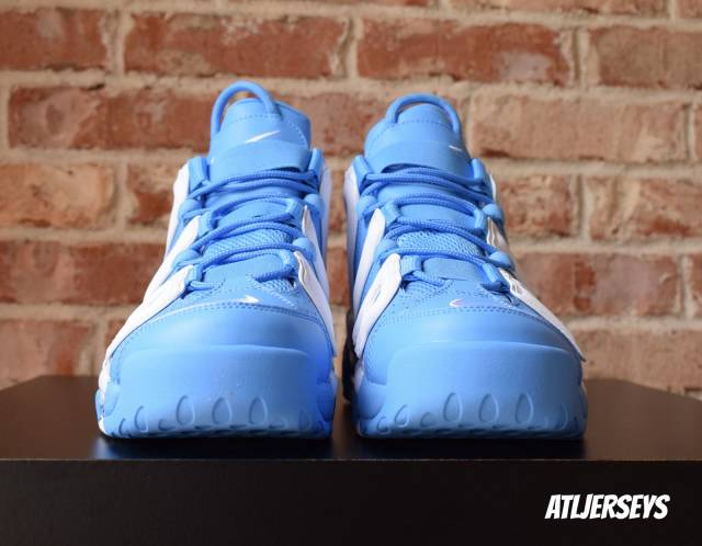 nike-air-more-uptempo-96-univ-blue-unc-921948-401-release-2017
