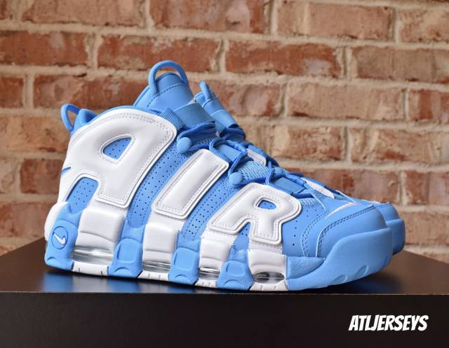 nike-air-more-uptempo-96-univ-blue-921948-401-release-2017