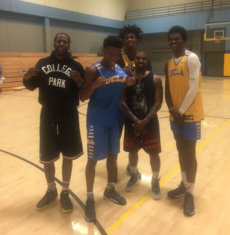kanye-west-yeezy-high-basket-ball-snap
