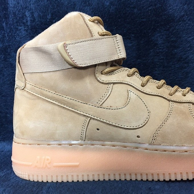 nike-air-force-1-high-flax-wheat-882096-200-review