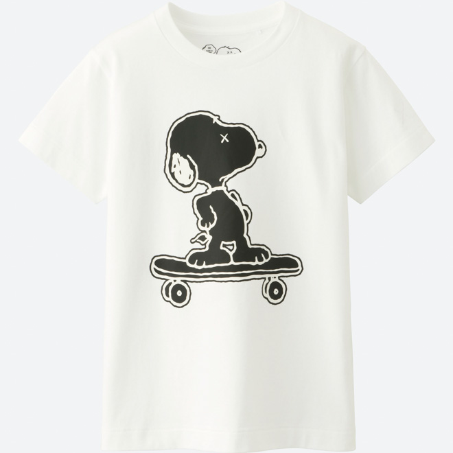 uniqlo-ut-kaws-peanuts-black-collaboration-release-20171123