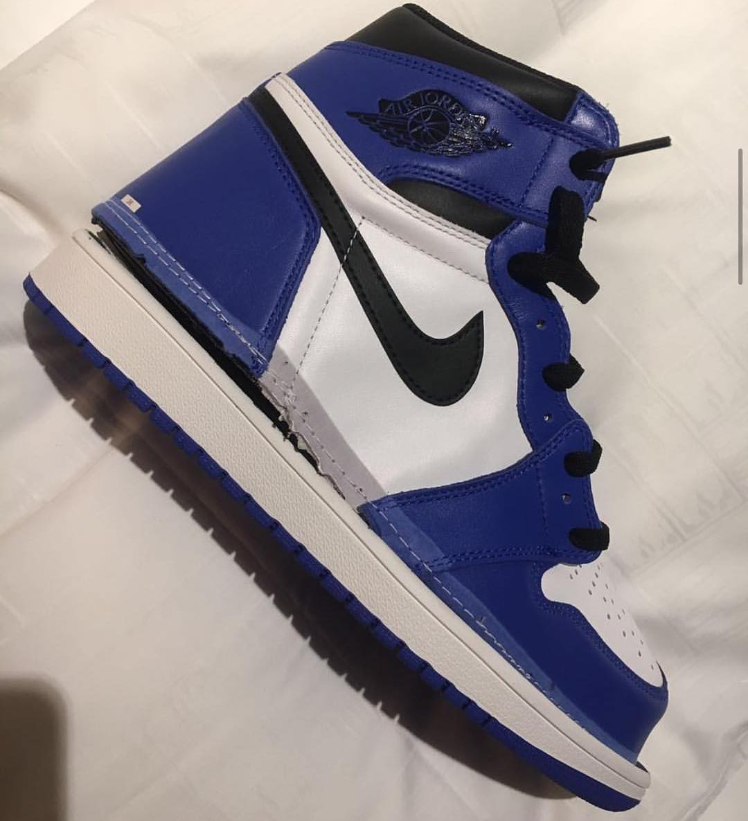 nike-air-jordan-1-game-royal-555088-403-release-2018