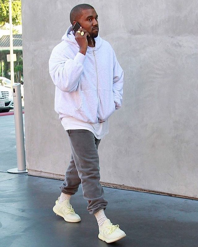 yeezy-boost-350-v2-pale-green-leak