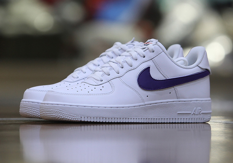 nike-air-force-1-change-swoosh-release-2018