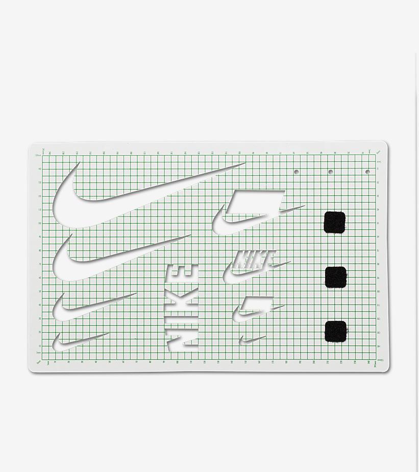 nike-air-foamposite-pro-swoosh-flavors-ao0817-001-release-20180215