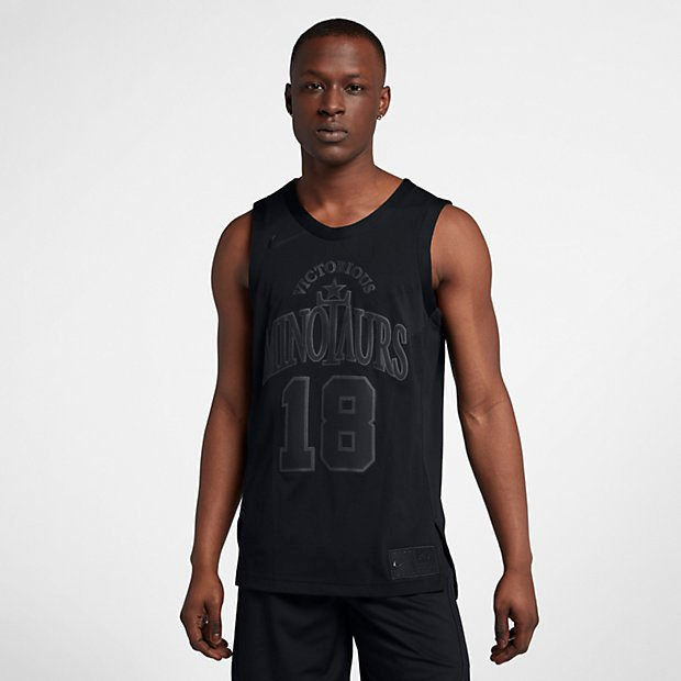 nike-riccardo-tisci-victorious-minotaurs-2nd-collection