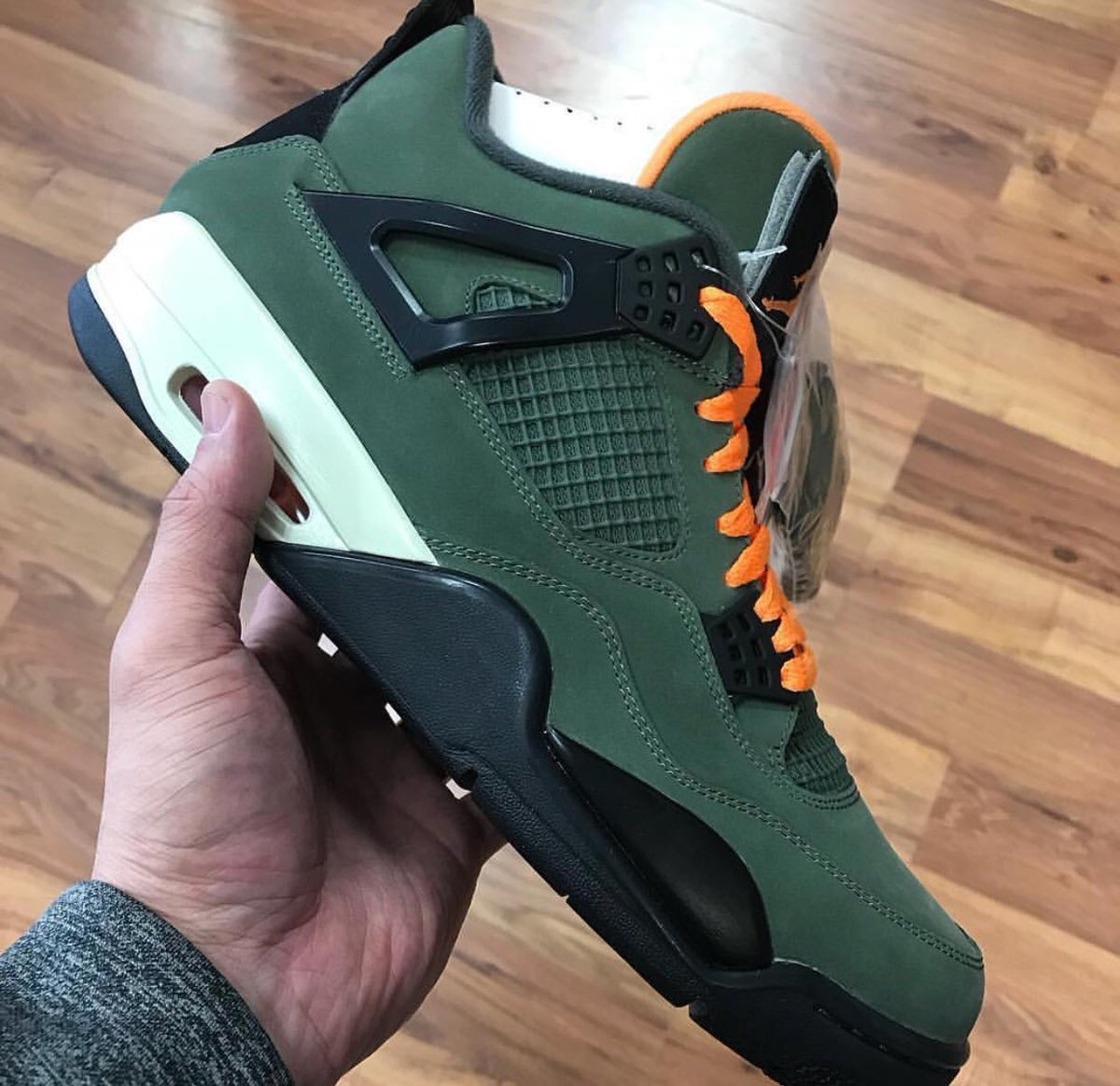 undefeated-nike-air-jordan-4-2018-leak