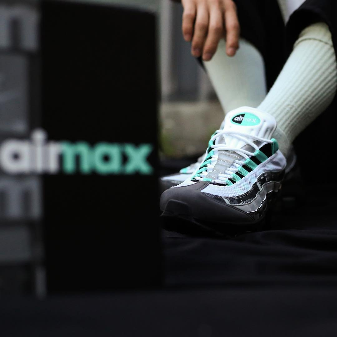 atmos-nike-air-max-95-jade-we-love-nike-release-20180428