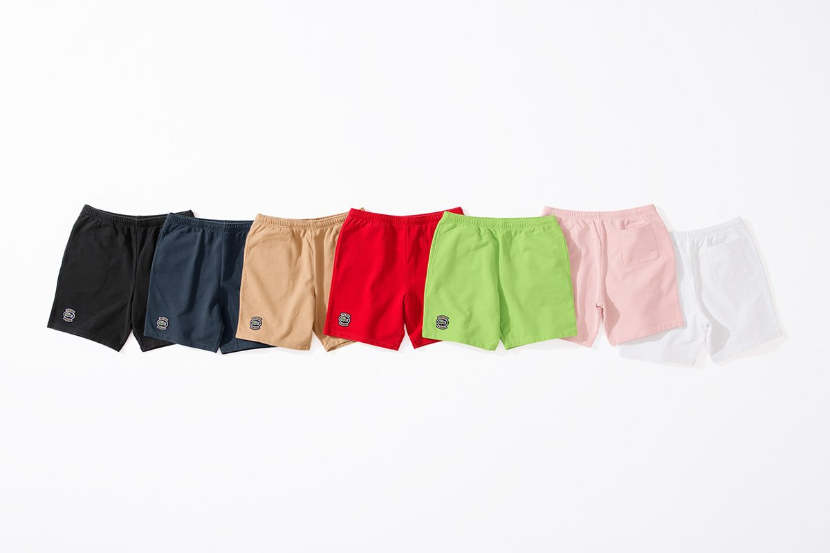 supreme-lacoste-18ss-collaboration-release-201180421-sweatshort