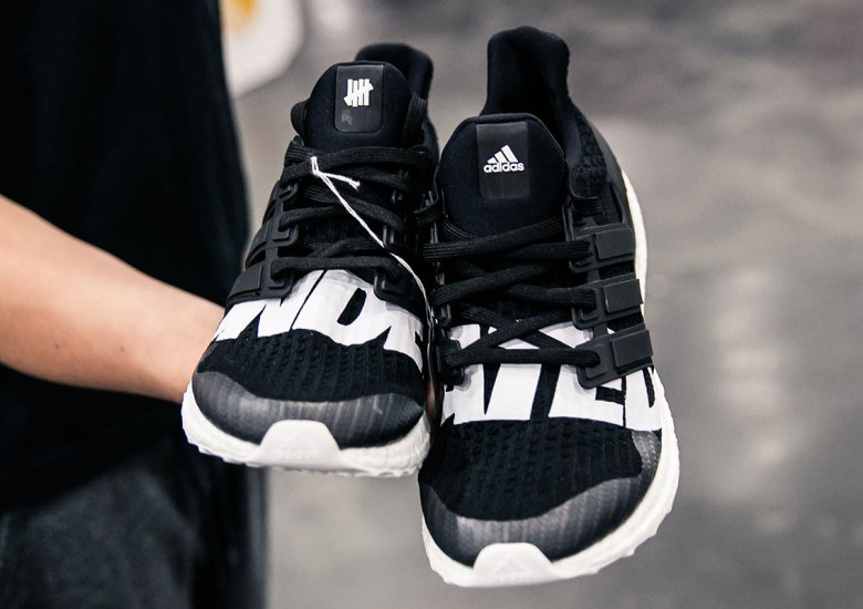 timeless design a7b90 0cf72 ULTRA BOOST BLACK & WHITE