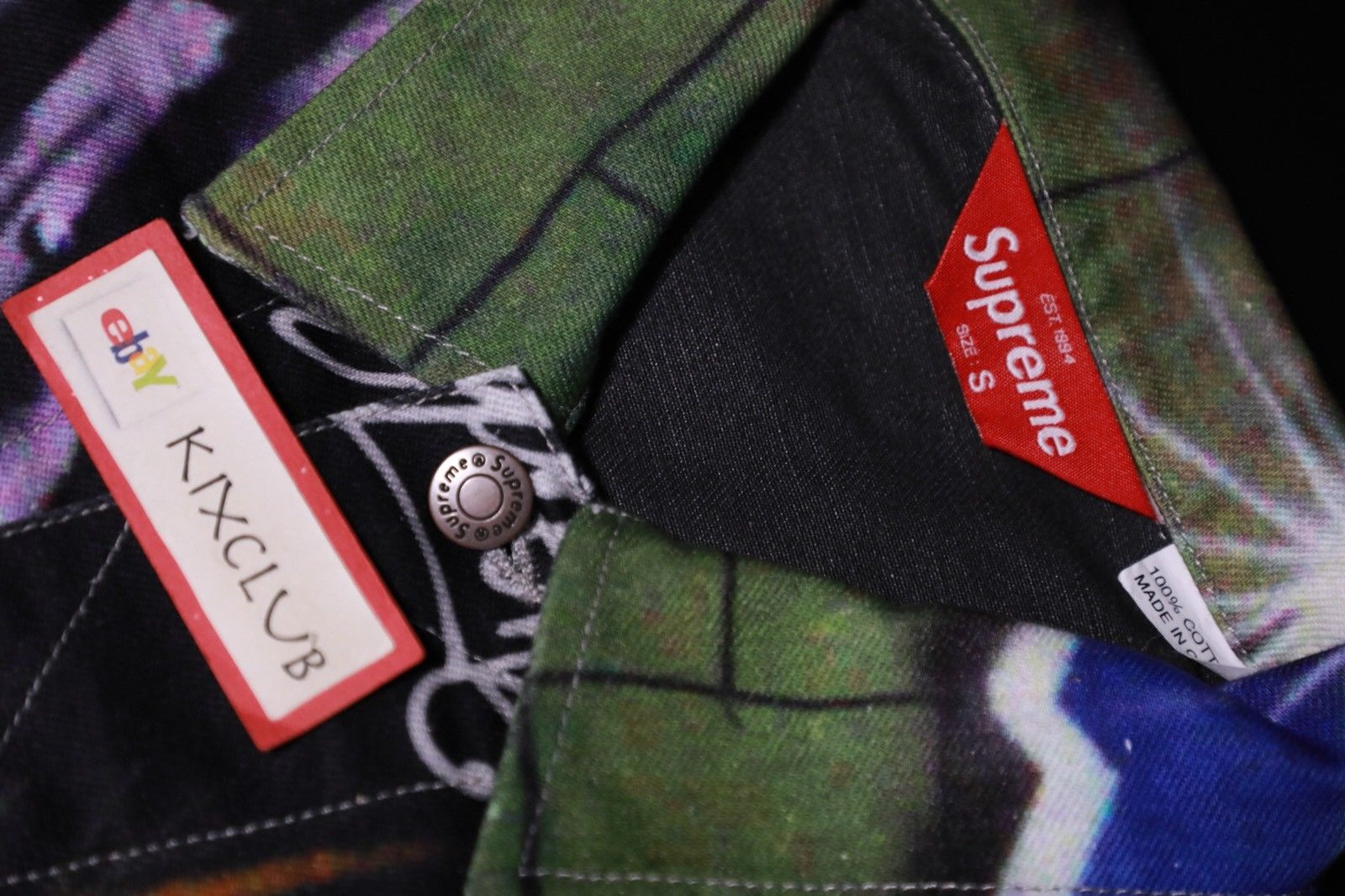 supreme-2018-spring-summer-lion-s-den-denim-trucker-jacket-leak