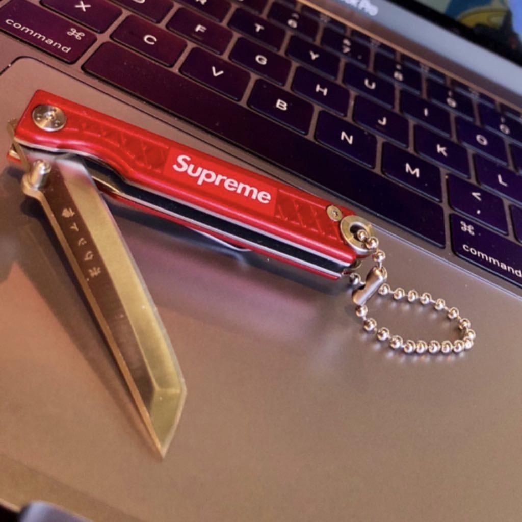 supreme-18ss-spring-summer-supreme-statgear-pocket-samurai