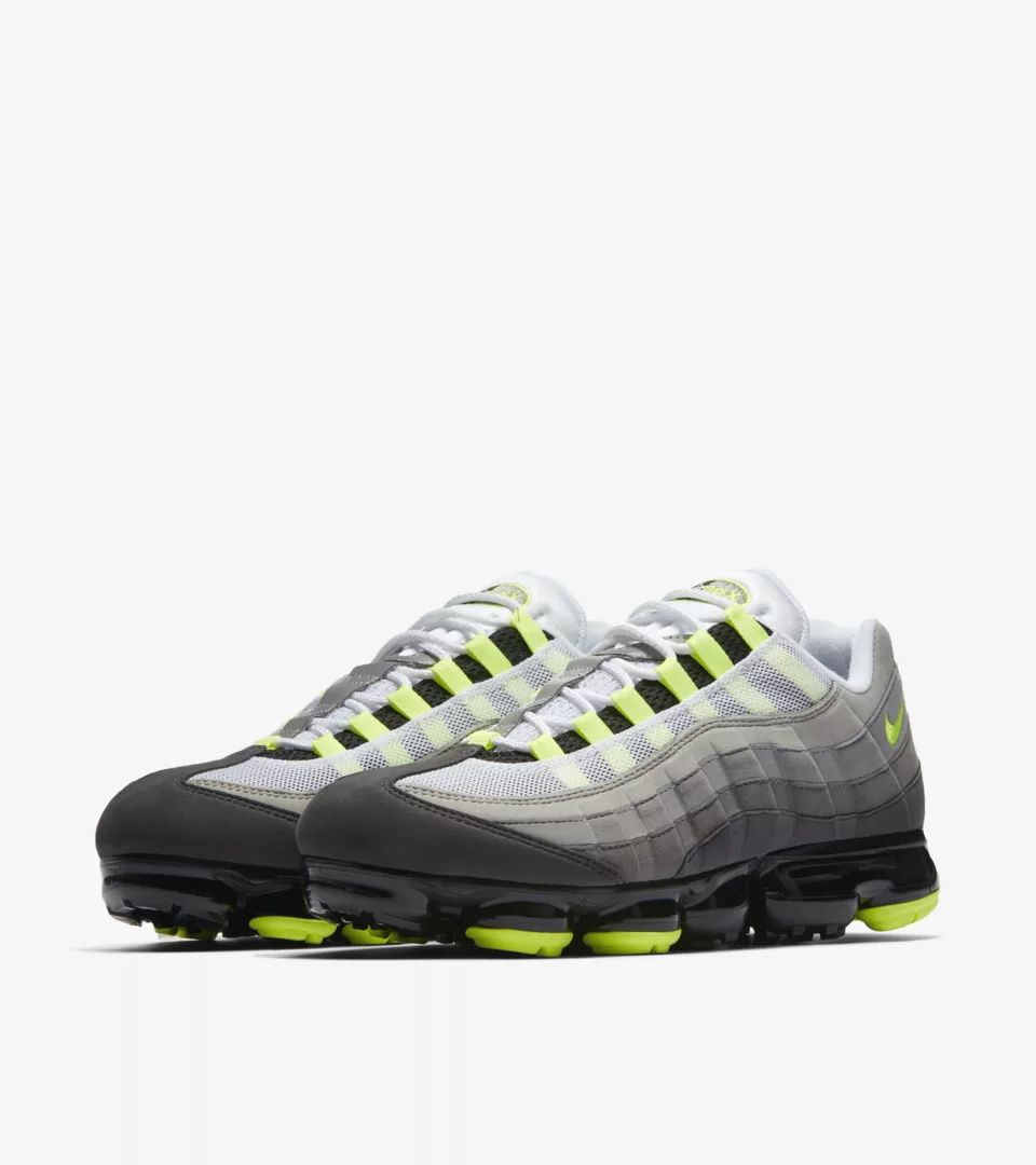 nike-air-vapormax-95-neon-yellow-aj7292-001-release-20180816
