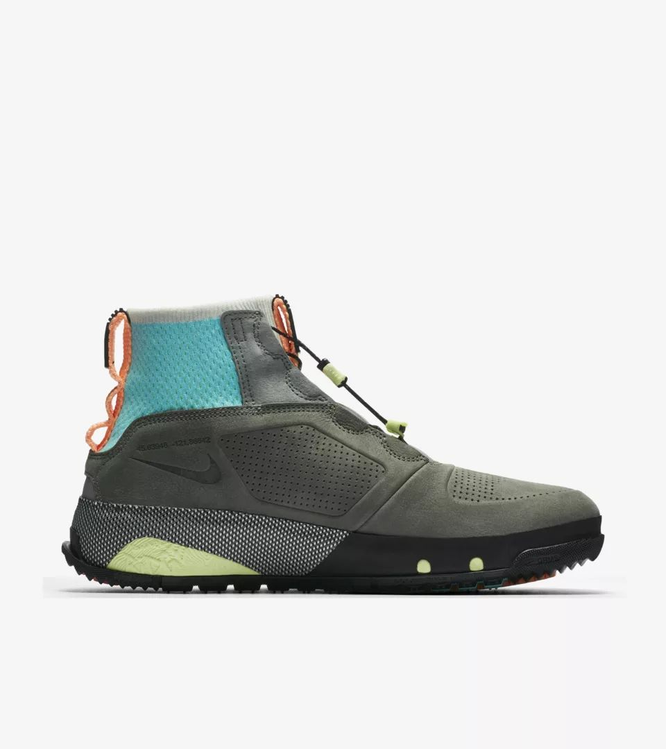 nike-acg-dog-mountain-summit-white-black-laser-orange-aq0916-100-release-20180825