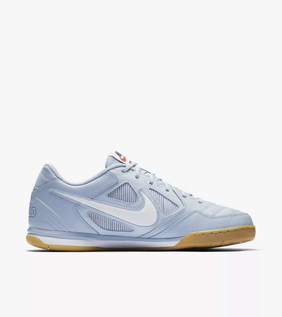 nike-sb-gato-qs-supreme-light-armory-blue-white