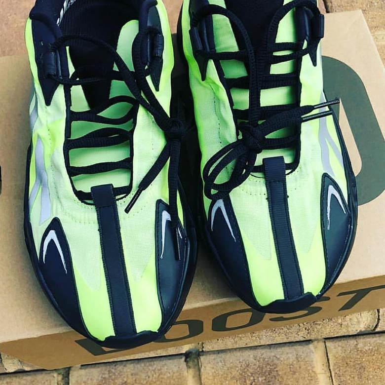 adidas-yeezy-boost-700-vx-leak