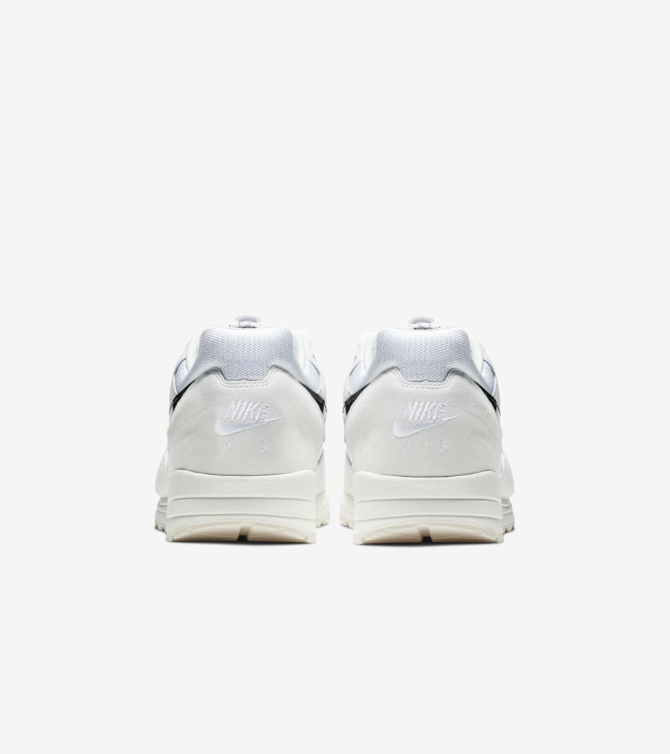 nike-air-skylon-2-fear-of-god-white-bq2752-100