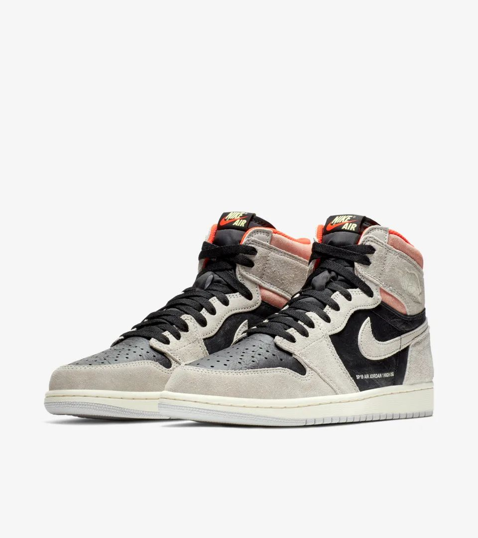nike-air-jordan-1-neutral-grey-hyper-crimson-555088-018-release-20190124