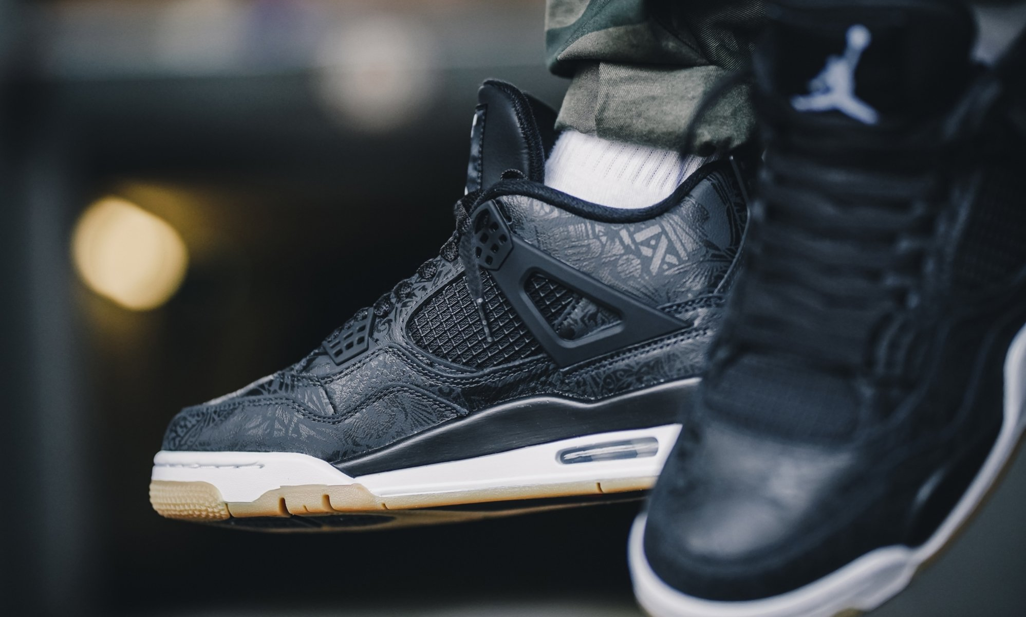 nike-air-jordan-4-black-gum-light-brown-white-CI1184-001-release-20190127