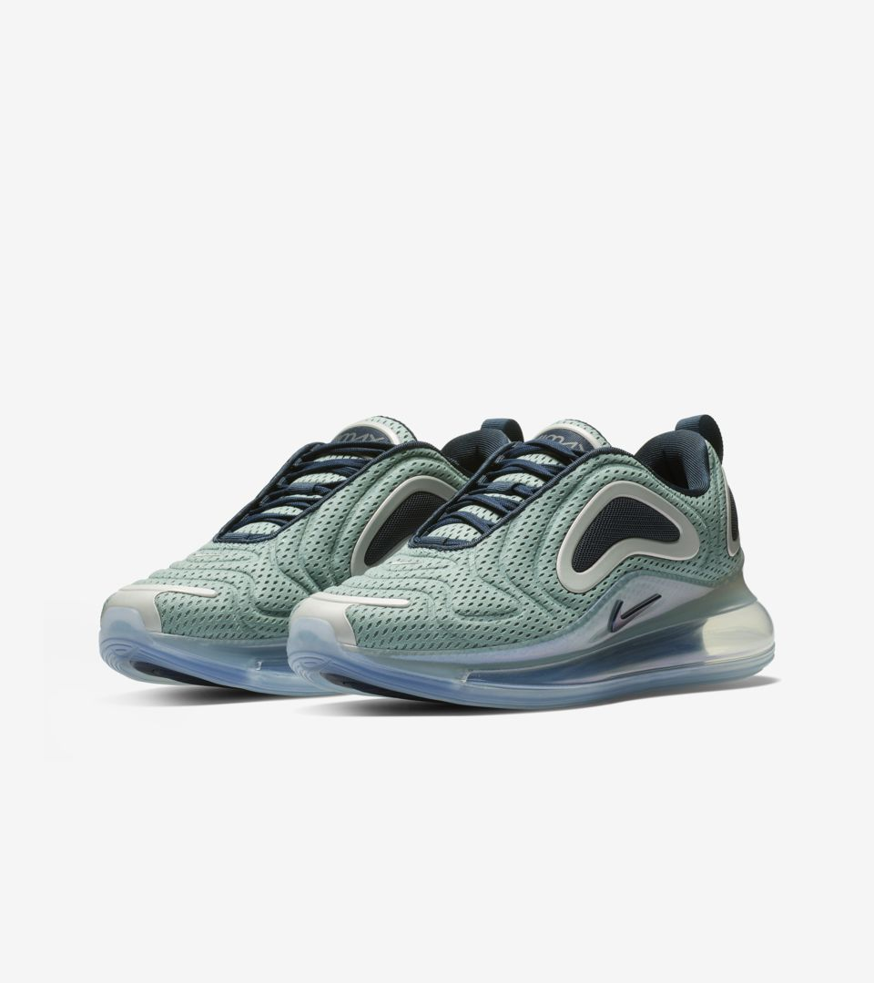 nike-womens-air-max-720-northern-lights-metallic-silver-midnight-navy-ar9293-001-release-20190201