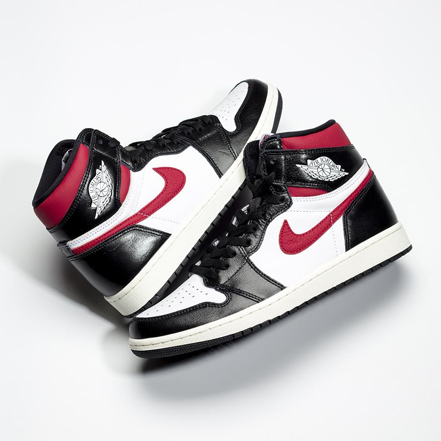 nike-air-jordan-1-black-white-gym-red-555088-061-release-20190629