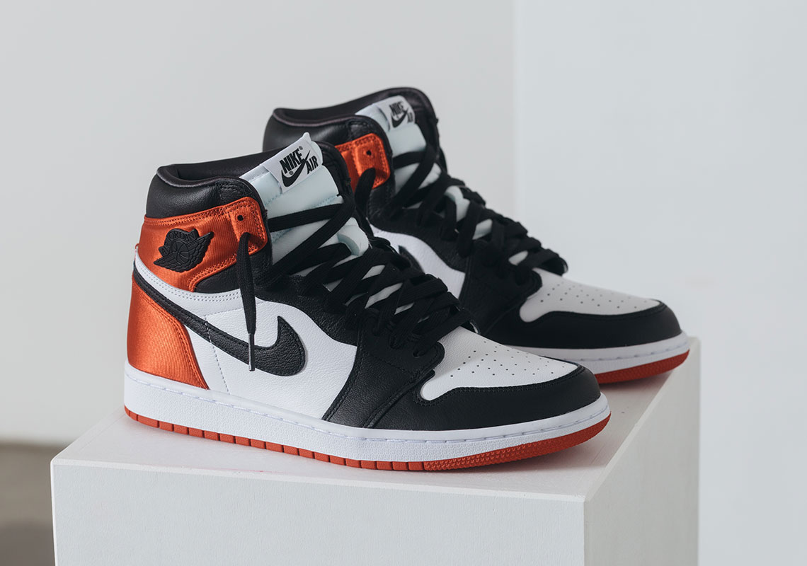 nike-wmns-air-jordan-1-retro-high-og-satin-black-toe-cd0461-016-release-20190817