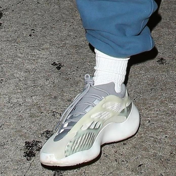 adidas-yeezy-boost-700-v3-release-info