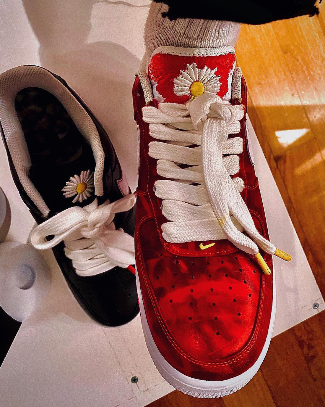 peaceminusone-nike-air-force-1-paranoise-red