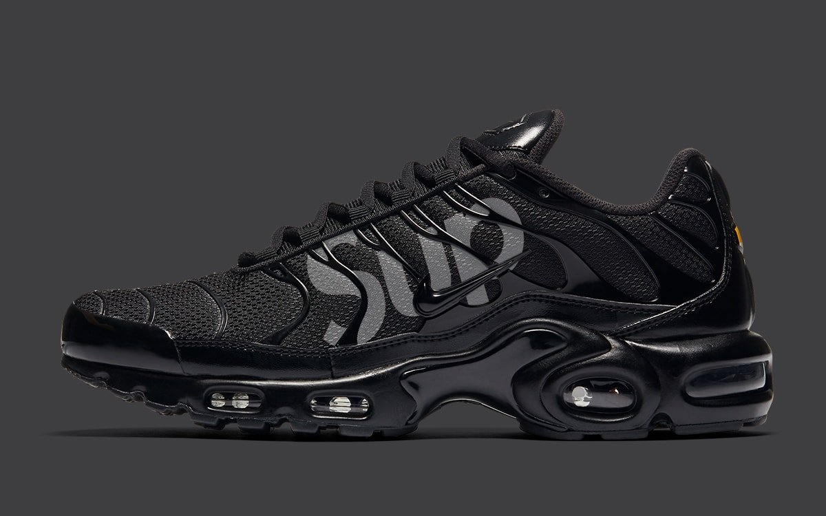 supreme-nike-air-max-plus-tn-release-20aw-20fw