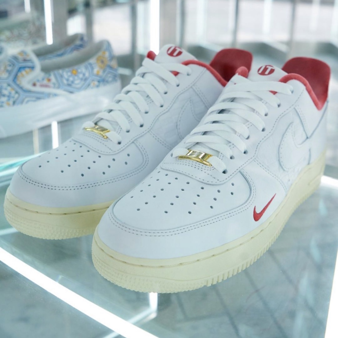 kith-nike-air-force-1-low-red-release-20200704
