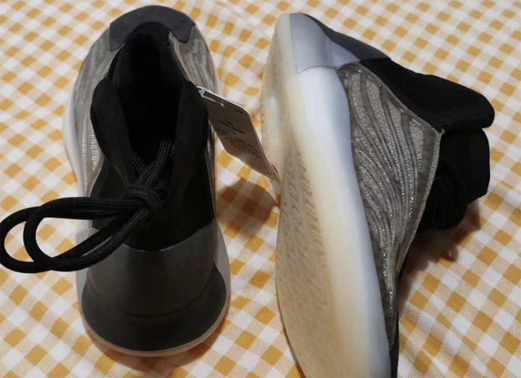 adidas-yzy-qntm-barium-release-2020-summer