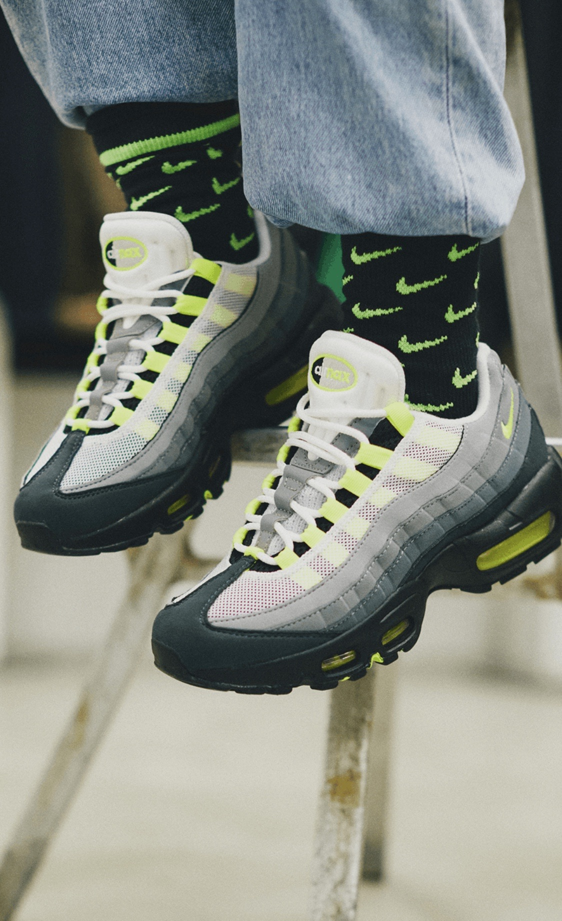 nike-air-max-95-og-neon-2020-ct1689-001-release-20201217-snap