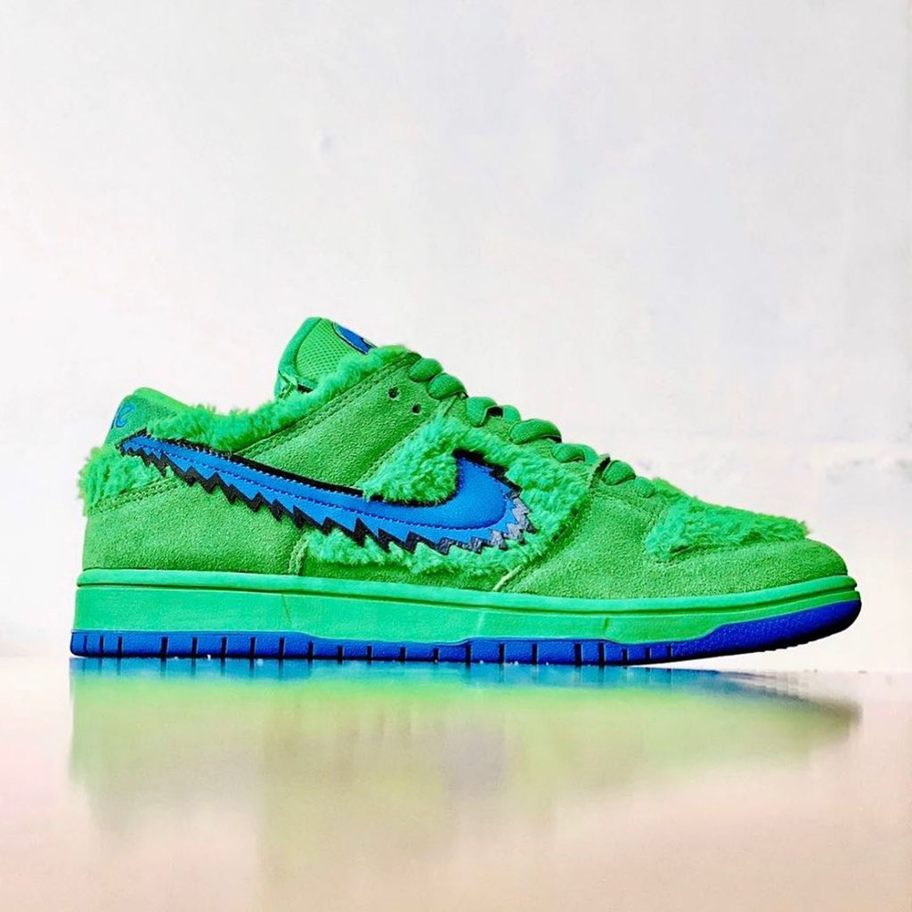 nike-sb-dunk-low-grateful-dead-bears-release-2020