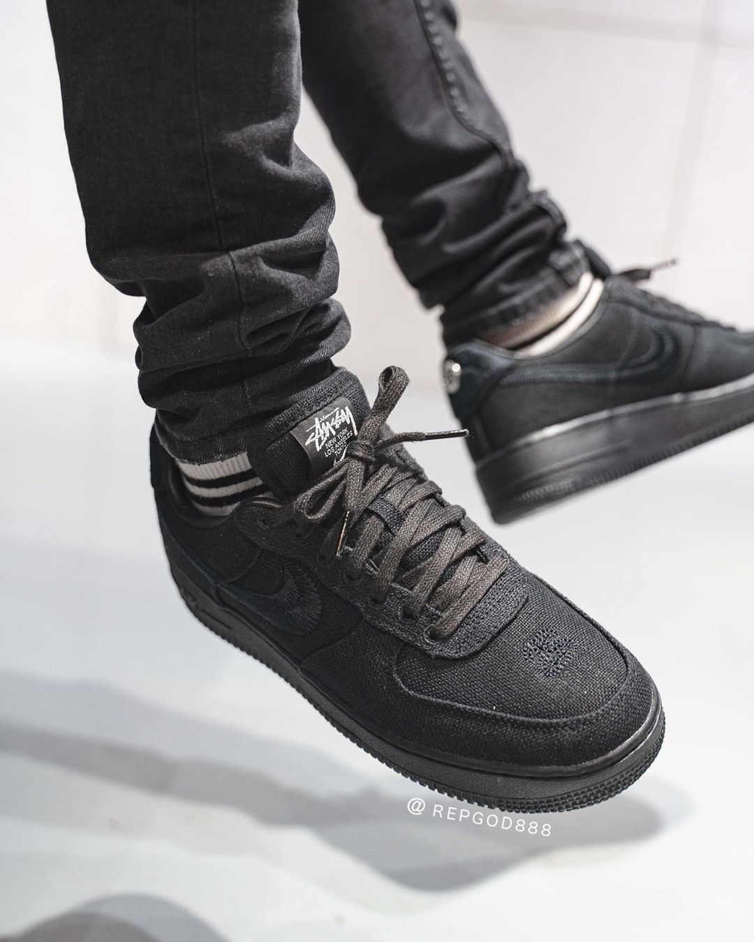 stussy-nike-air-force-1-low-fossil-stone-cz9084-001-release-2020-winter